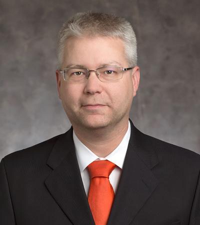 Portrait of professor Justin Firestone