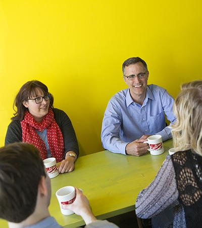 Richard Moberly meets with students